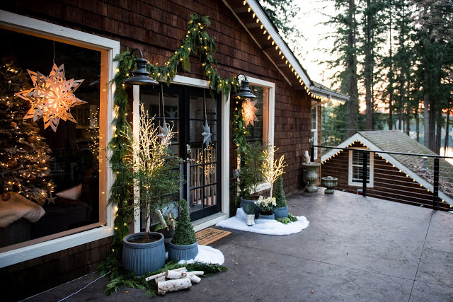 Love this rustic cabin decorated for Christmas