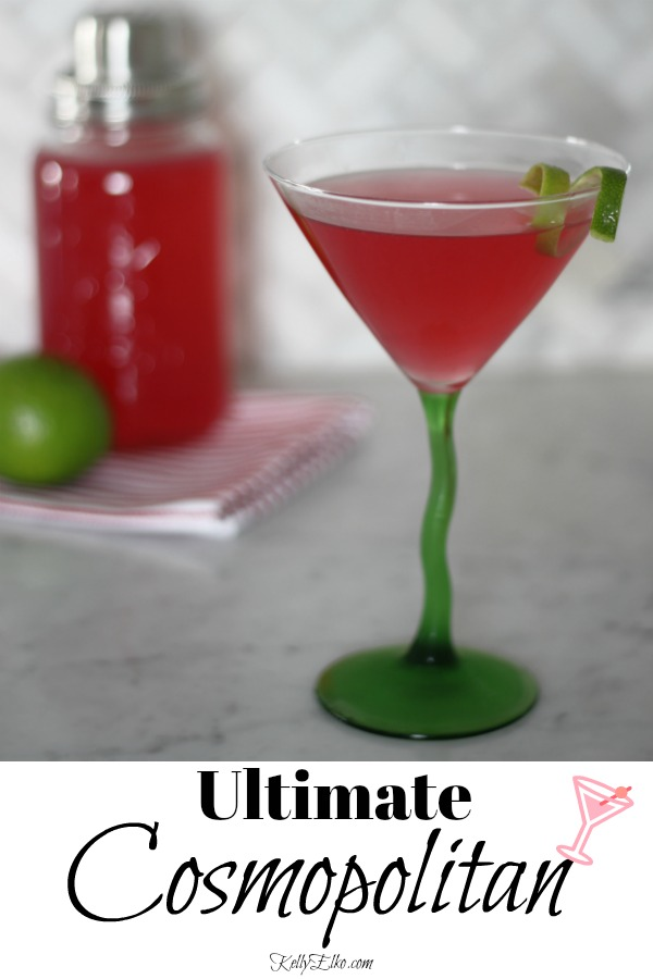 The Ultimate Cosmopolitan Cocktail! kellyelko.com #cocktails #cocktailrecipes #cheers #cosmopolitan #recipes #valentinesday #partyrecipes #cocktailparty #partycocktails
