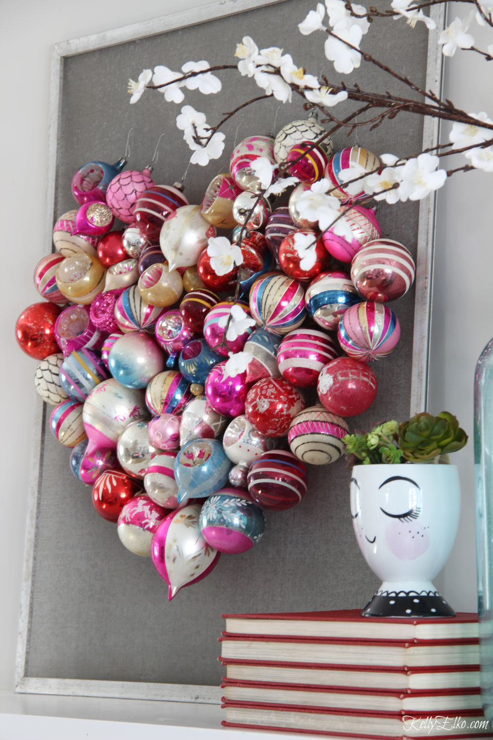 How to make a Christmas ornament Valentine heart screen - love the vintage shiny brite ornaments kellyelko.com #valentines #valentinecraft #valentinesday #christmasornaments #vintageornaments #shinybrites #valentinedecor #valentinesdaydecor #valentinesparty #hearts #diycrafts