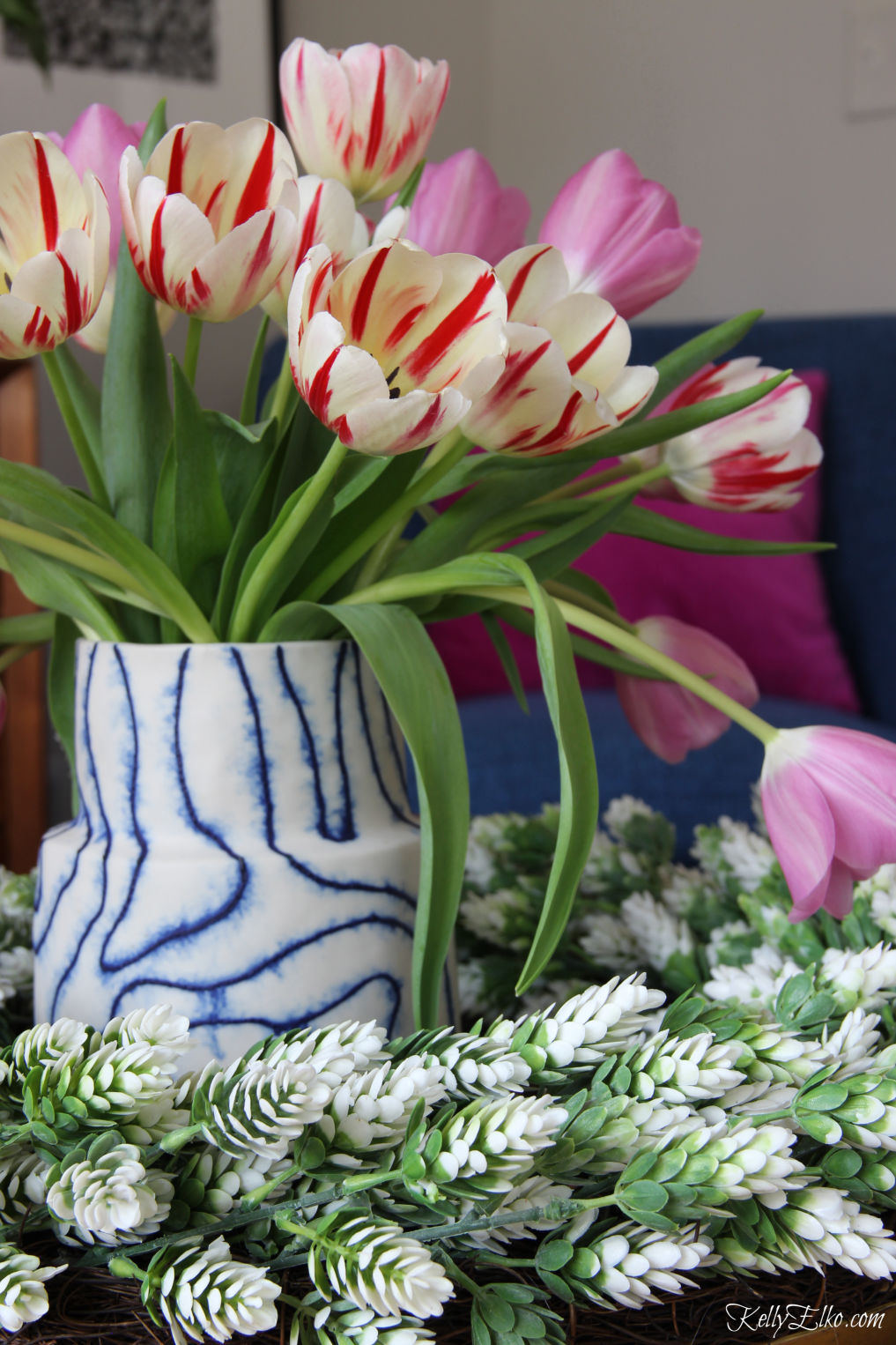 Love these pink and white striped tulips kellyelko.com #tulips #flowers #centerpiece