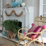 Coastal Summer Mantel kellyelko.com #summerdecor #mantel #coastaldecor #summermantel #bohodecor #eclecticdecor
