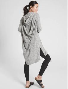 Fall Fashion Must Haves kellyelko.com #fallfashion #fallclothes #wardrobeessentials #capsulewardrobe #cozyclothes #ootd