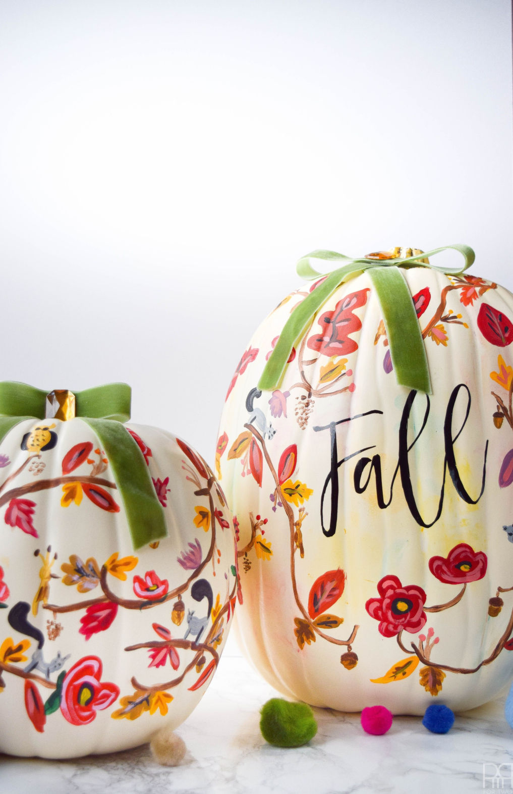 12 DIY Painted Pumpkins - step by step tutorial to create your own painted leaves pumpkin kellyelko.com #pumpkins #pumpkincrafts #paintingtutorials #paintingtips #fallcrafts #crafting