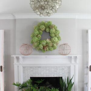 DIY Limelight Hydrangea Wreath kellyelko.com #hydrangeas #wreaths #diyideas #diywreaths #gardening #gardeners #crafts #fallmantel #falldecor #fallcrafts