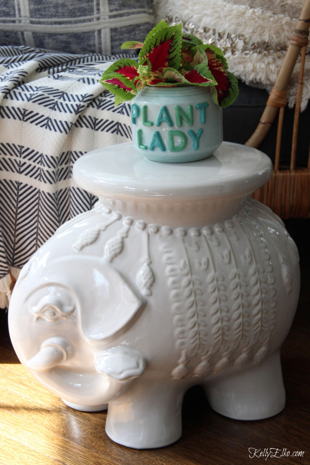 I love this ceramic elephant garden stool kellyelko.com #plantlady #elephantdecor #bohodecor #serenaandlily #homedecor