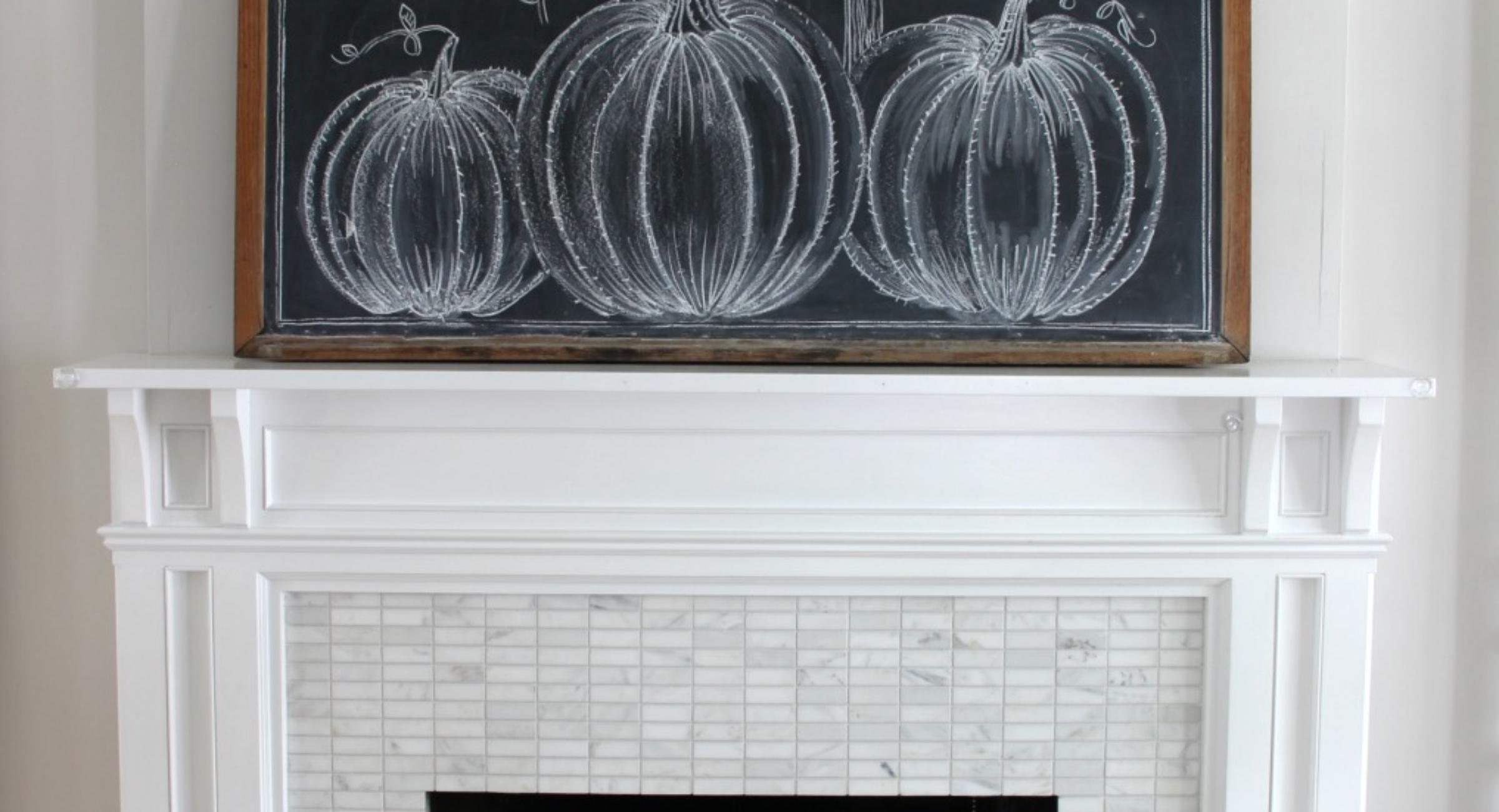 fall-mantel-pumpkins-chalkboard-neutral