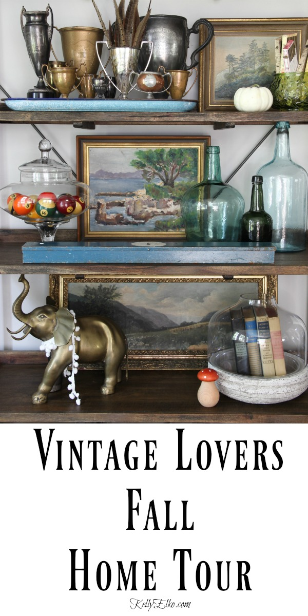 Vintage Lovers Fall Home Tour kellyelko.com #fall #falldecor #fallhome #autumndecor #falldecorating #vintagedecor #vintagedecorating #collecrtions #thrifted