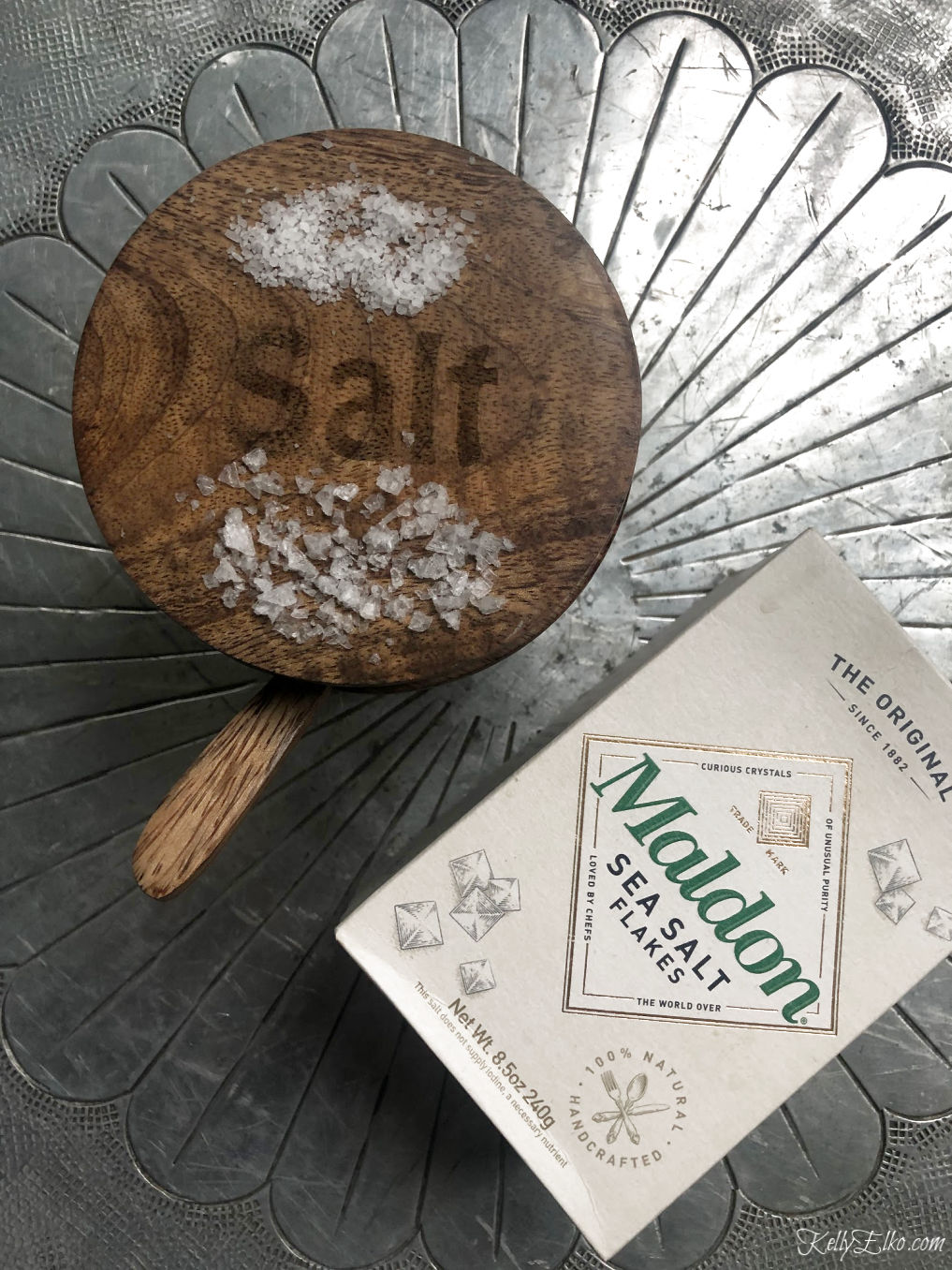 Kelly's Stamp of Approval - Maldon Sea Salt kellyelko.com #salt #seasalt #foodie #kitchenessentials #cook