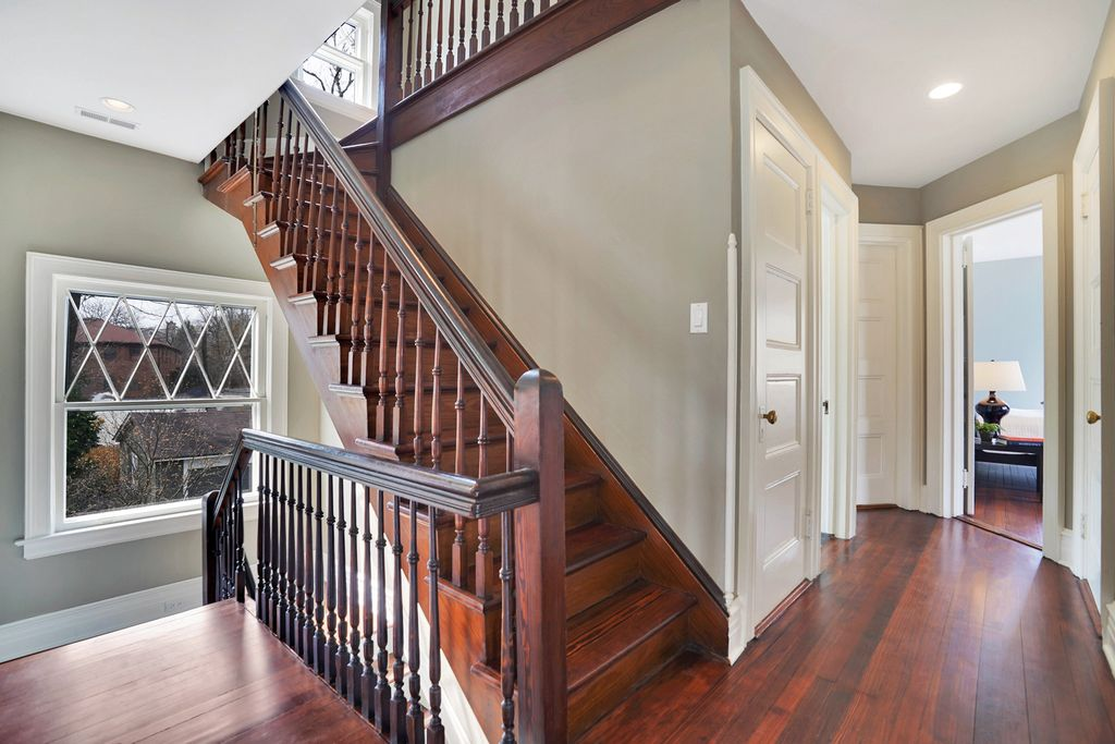 Love the original wood staircase in this 1900 home kellyelko.com #staircase #oldhouse #architecture #interiordecor #oldhouse #hometour
