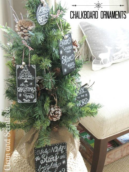 Make Chalkboard ornaments #christmas #diychristmas #christmascrafts #christmasdecor #christmasornaments #christmastree