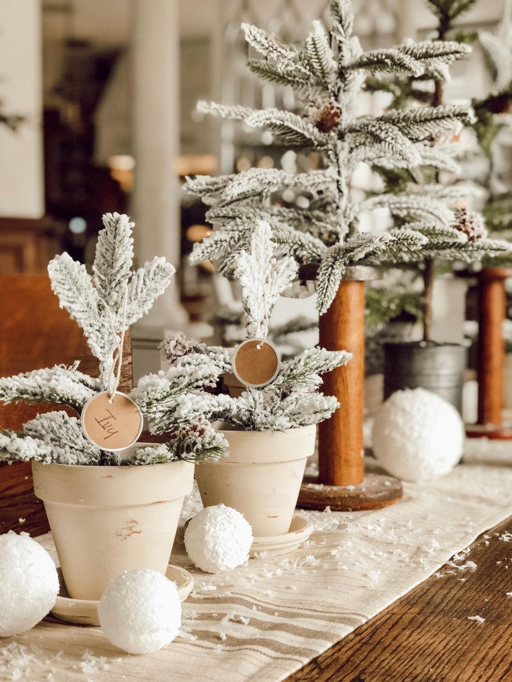 Christmas tree centerpiece #christmas #christmasdecor #christmascrafts #christmastrees #farmhousechristmas