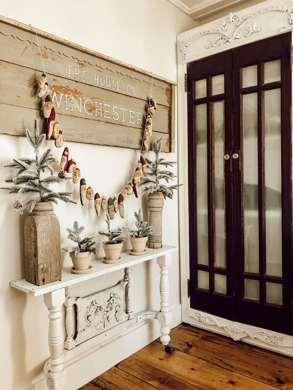 DIY Santa garland #christmas #christmascrafts #santa #farmhousechristmas #farmhousedecor