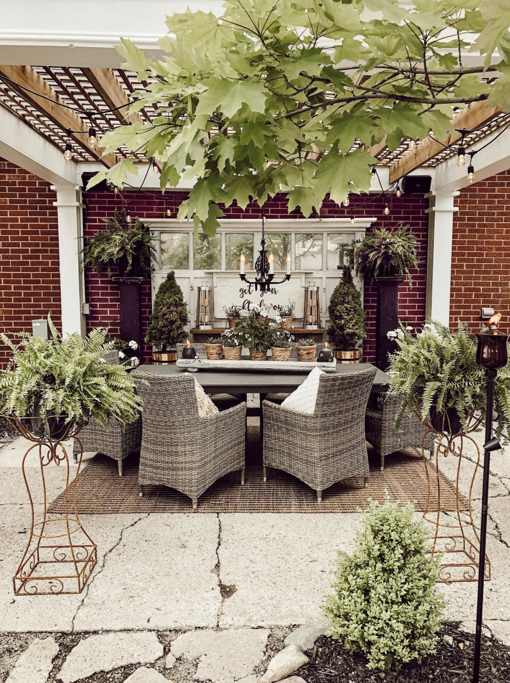 Backyard pergola with chandelier #patio #pergola #outdoors #farmhousedecor