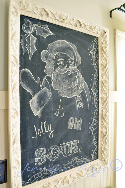 Christmas Chalk Art with tips on how to hand letter #christmasart #christmasdecor #chalkart #chalkboard #santa