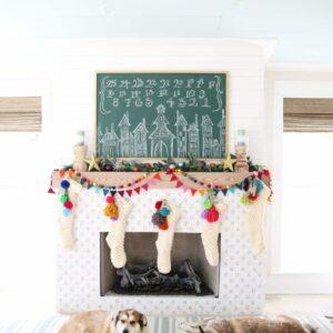 Festive Christmas Decorating Ideas kellyelko.com #christmasdecor #christmasdecorations #colorfulfchristmas #diychristmas #christmasmantel #chalkart #chalkboard #adventcalendar