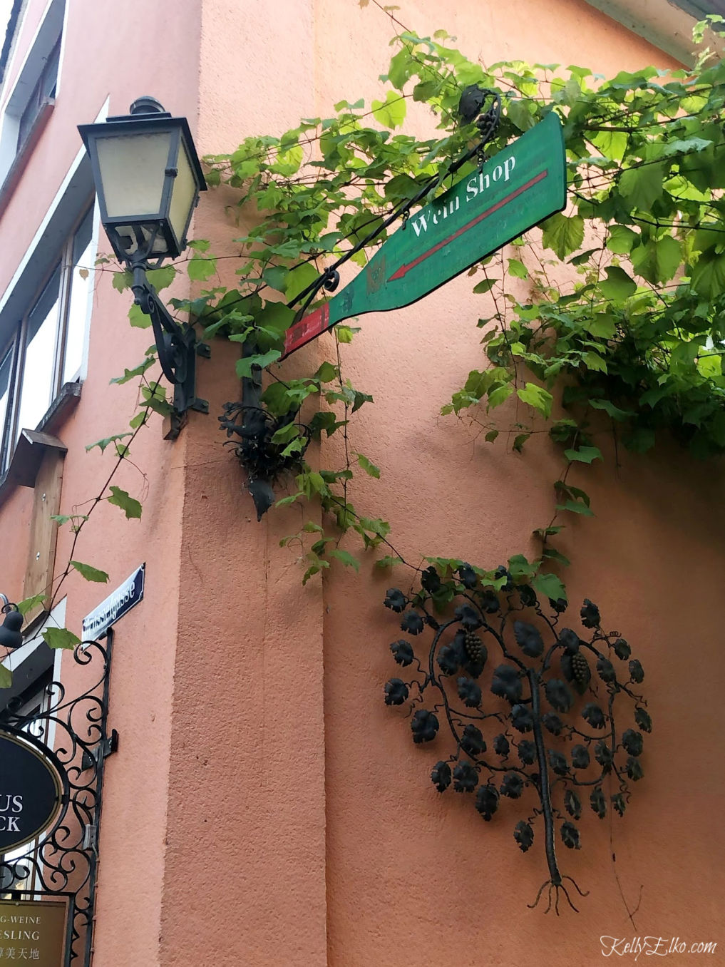 Charming little wein shop in Rudesheim Germany kellyelko.com #germany #rudesheim #travel #travelblog #travelblogger #cruise #myvikingstory #wineshop #vacation