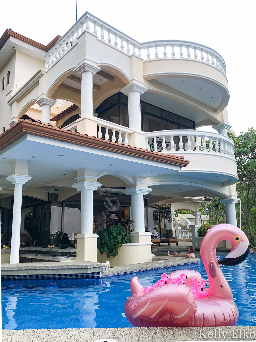 This villa in Costa Rica has the most amazing infinity edge pool and three stories of beautiful views kellyelko.com #villa #villarental #vacation #travel #travelblog #travelblogger #costarica #manualantonio #pinkflamingo #escape