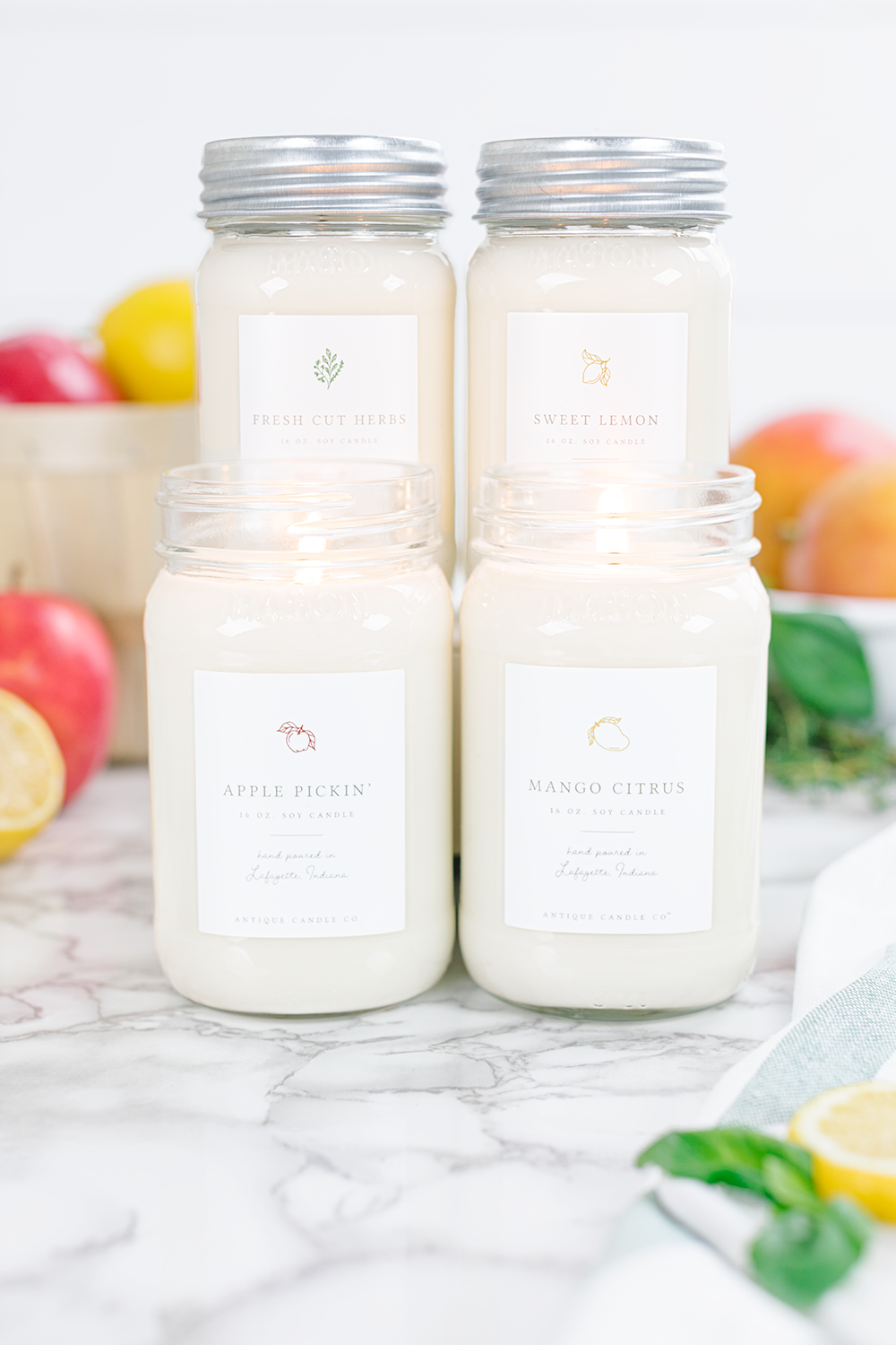These made in America small batch candles using the finest ingredients are the absolutely best smelling candles I've ever smelled kellyelko.com #candles #candle #giftsforher #giftguide #farmhouse #masonjar #masonjardecor #farmhousedecor #fixerupper