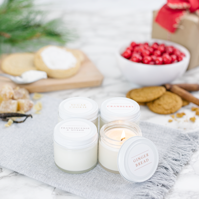 Christmas Candle Testers - these are the best smelling candles I've ever had kellyelko.com #candle #candles #christmas #farmhousechristmas #giftguide #giftsforher #christmasgifts
