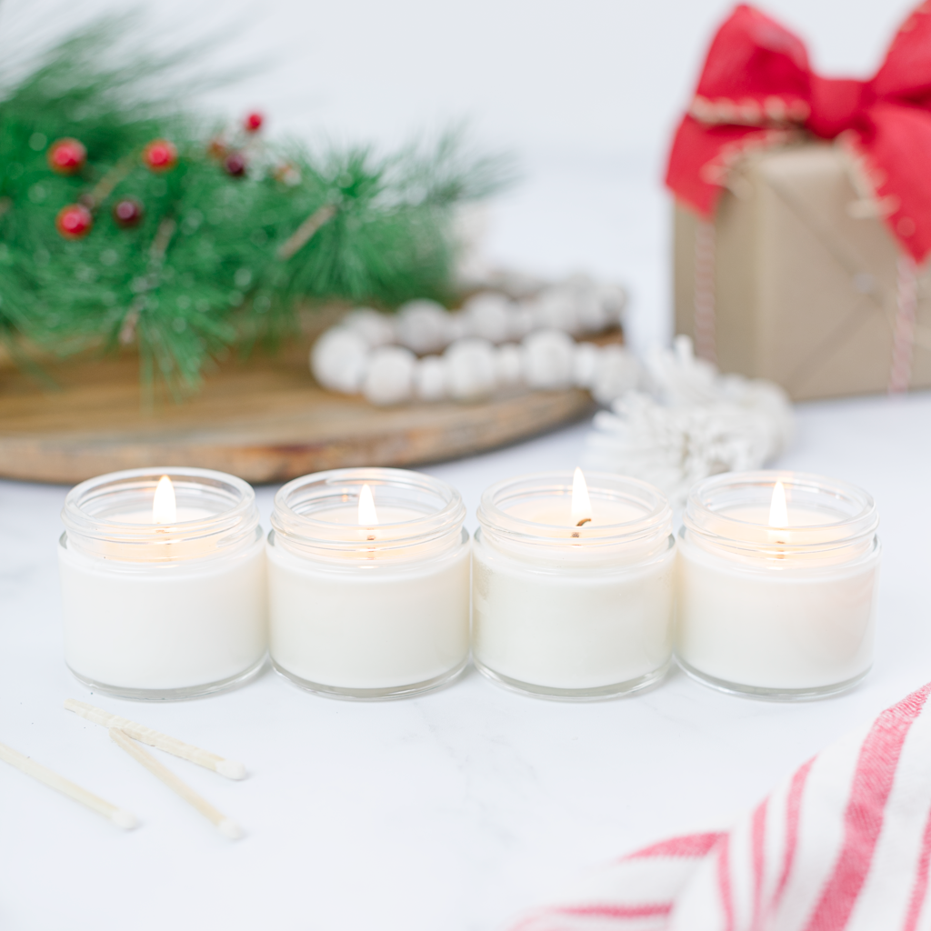 Calling All Christmas Candle Testers - how to test four of the most amazingly scented holiday candles kellyelko.com #candles #candle #christmasgifts #giftguide #giftsforher #christmas #antiquecandleco