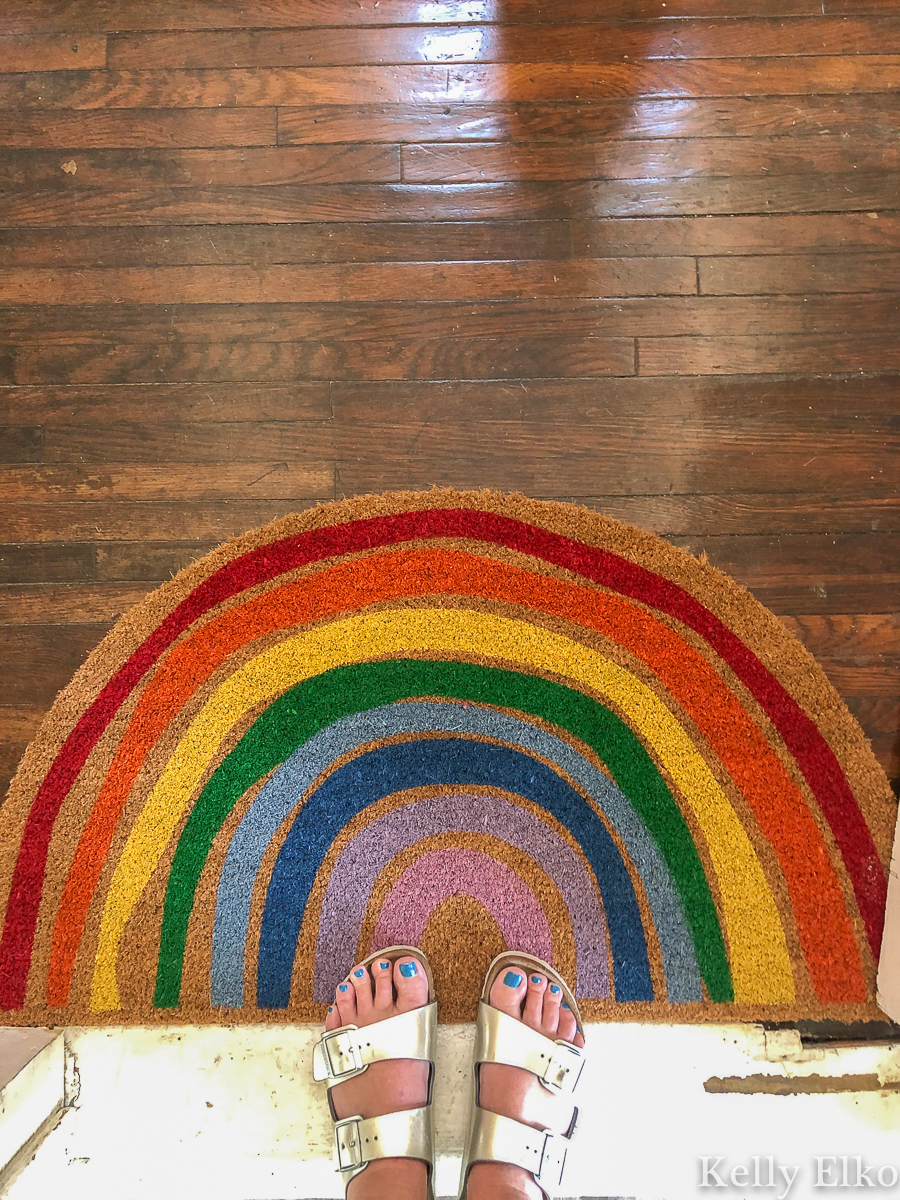 Fun rainbow doormat kellyelko.com #rainbow #doormat #birkenstocks #entrydecor #foyerdecor