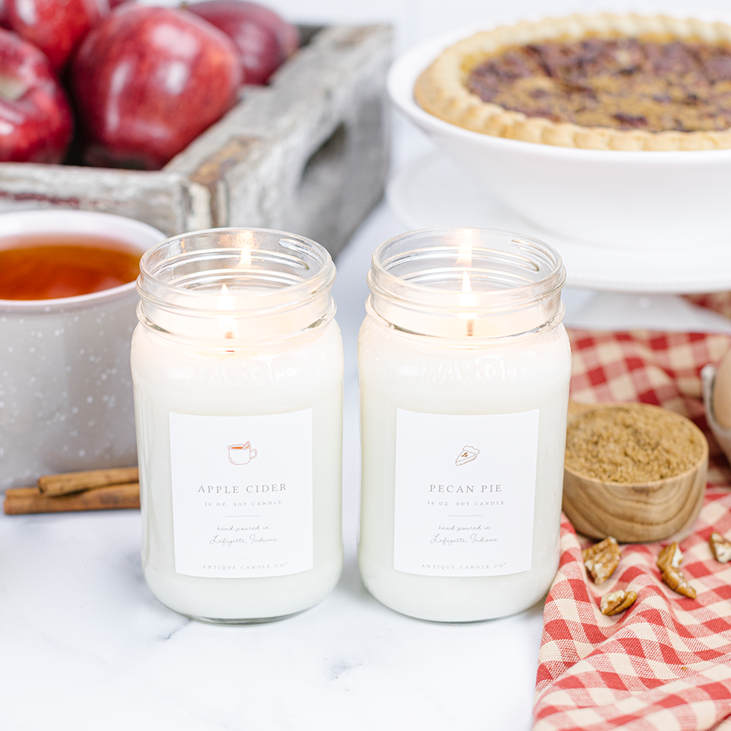 Fall candles kellyelko.com #candles #fall #farmhouse #farmhousedecor #masonjars