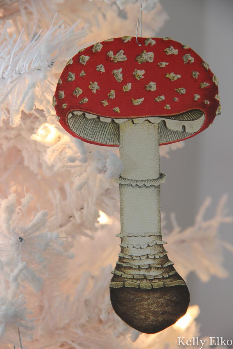 Love this DIY mushroom ornament kellyelko.com #mushrooms #diyornaments #ornaments #christmasornaments #retrochristmas