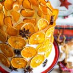 How to dry citrus slices kellyelko.com #diychristmas #citrus #citrusslices #orangeslices #diycrafts #christmascrafts #christmasrecipes #farmhousechristmas #retrochristmas #vintagechristmas