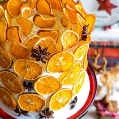 How to dry citrus slices kellyelko.com #diychristmas #citrus #citrusslices #orangeslices #diycrafts #christmascrafts #christmasrecipes #farmhousechristmas #retrochristmas #vintagechristmas