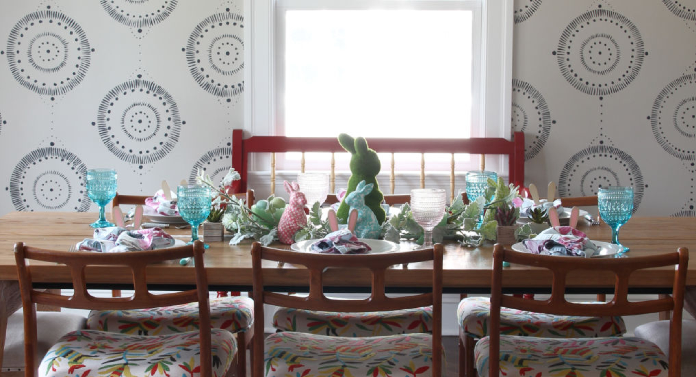 wall-mural-dining-room-danish-chairs-otomi