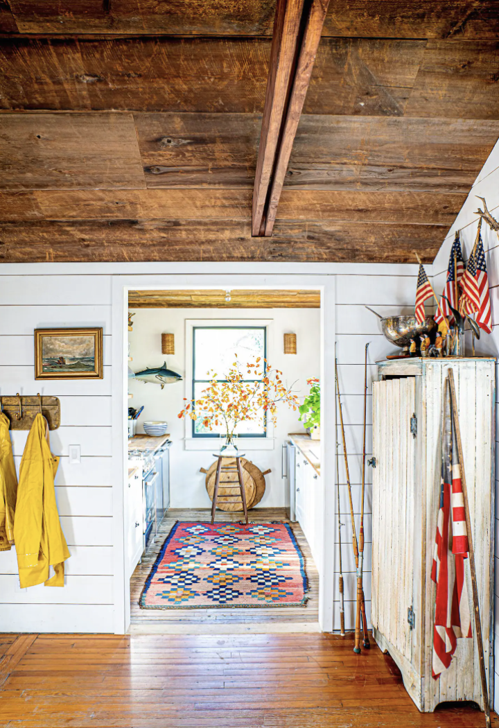 Rustic cottage tour kellyelko.com