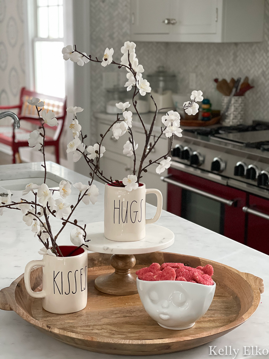 Simple farmhouse style Valentine Decor - love the Rae Dunn hugs and kisses mugs kellyelko.com