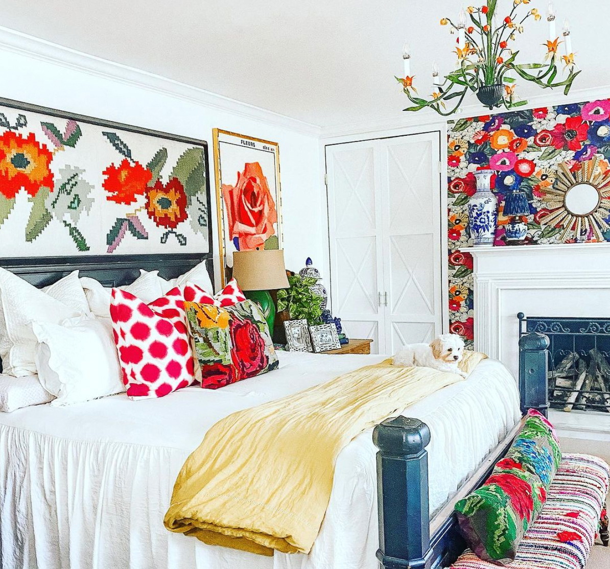 Love this cheerful and colorful master bedroom with floral wallpaper