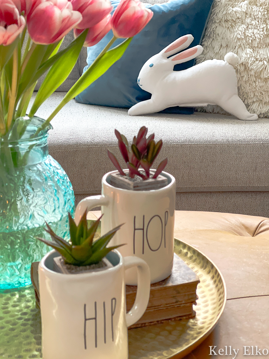 How adorable is this little bunny pillow in this spring home tour kellyelko.com