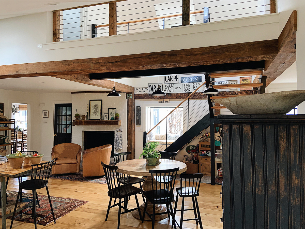 Love this open floor plan in this old farmhouse kellyelko.com