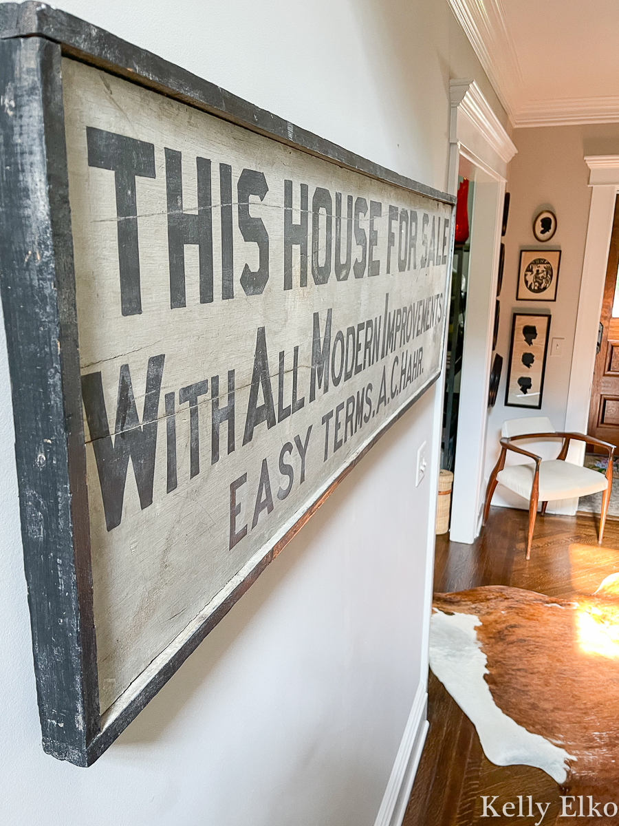 Love this rustic antique farmhouse style sign kellyelko.com