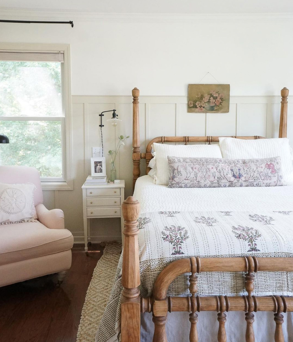 Farmhouse bedroom with oak spindle bed kellyelko.com
