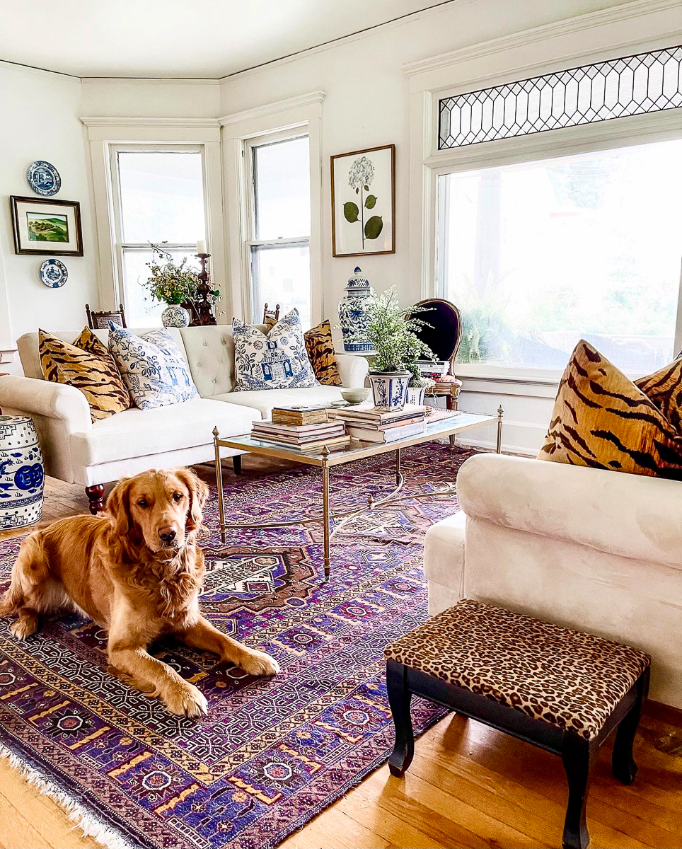 Grandmillennial living room with a fun mix of pattern in leopard and chinoiserie kellyelko.com