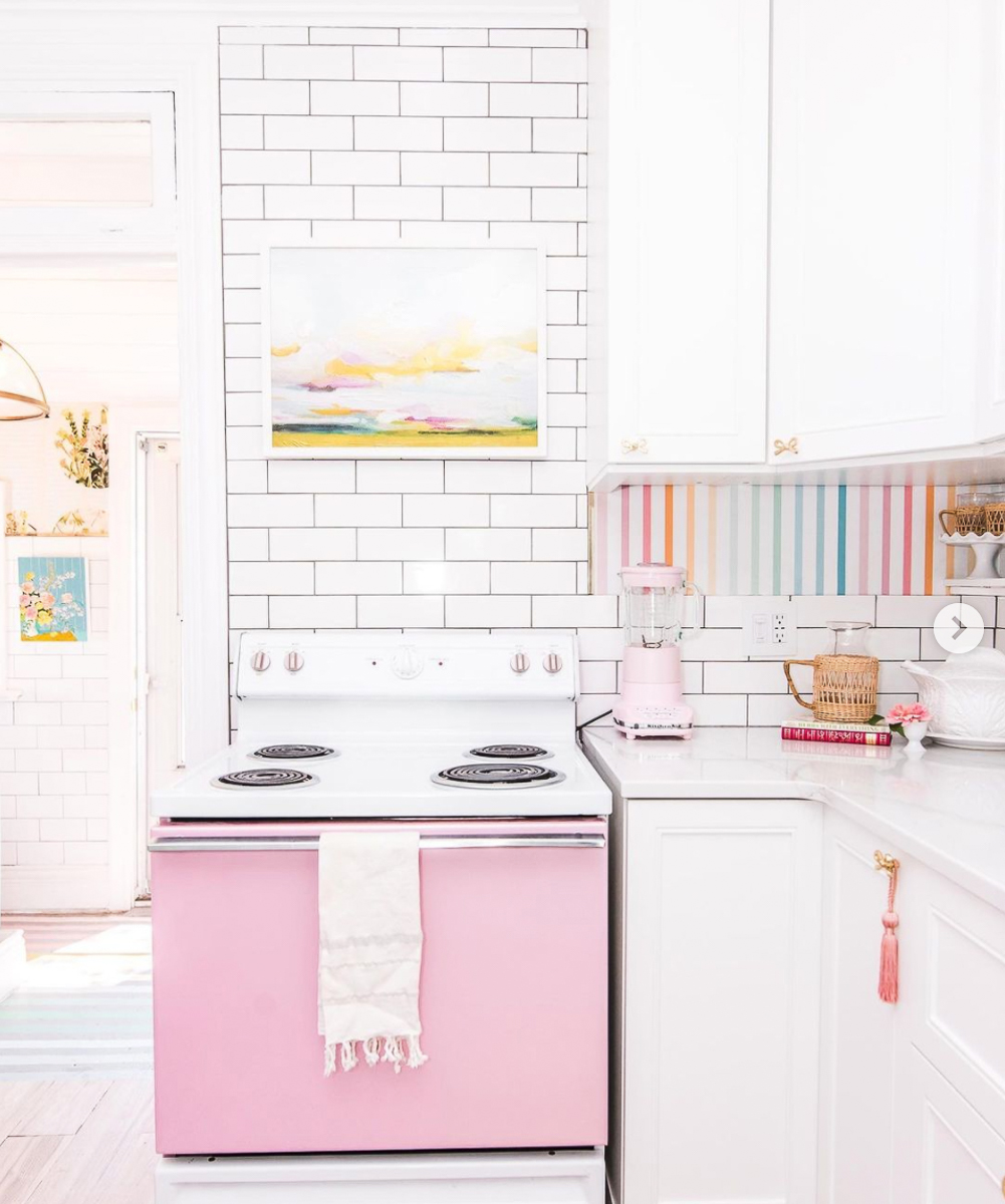 Love this vintage pink stove - done with car vinyl! kellyelko.com