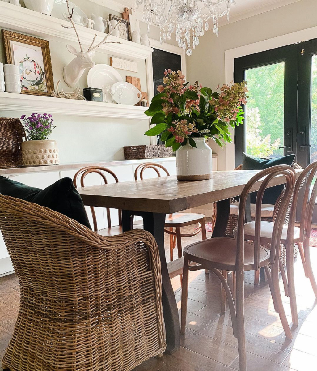 DIY table with bentwood chairs in this beautiful farmhouse dining room kellyelko.com