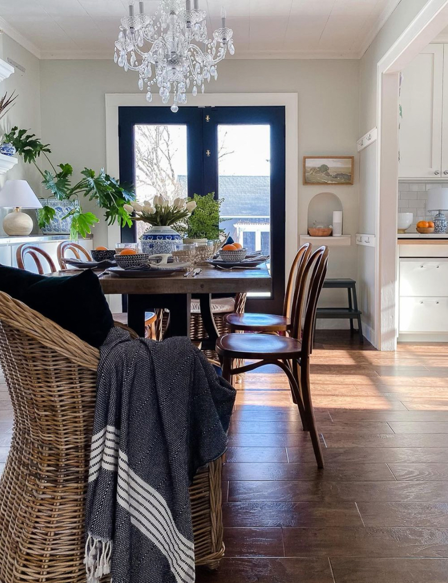 Love the bentwood chairs paired with wicker in this small dining room kellyelko.com
